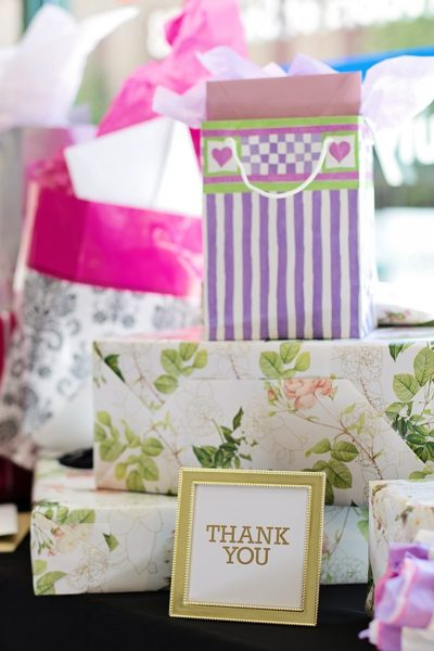 Amazing Gifts You Can Give At A Wedding